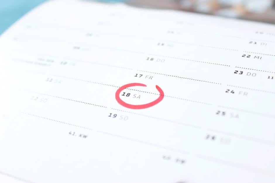 Date circled on a calendar